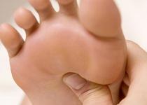 足裏への指圧